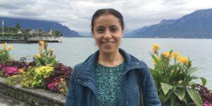Ella es Deshiré Alpízar, una investigadora clínica dedicada a las enfermedades autoinmunes, en especial la artritis reumatoide