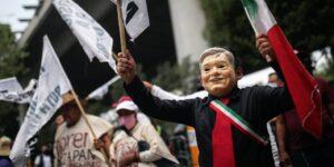 Desde la historia política en nuestro país hasta el triunfo de AMLO en las urnas —estos son 5 libros y audios para analizar y entender la política mexicana