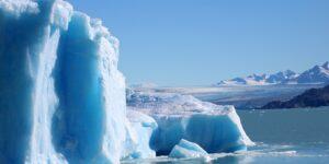 Los glaciares del mundo se están derritiendo a un ritmo cada vez más acelerado, muestra un estudio