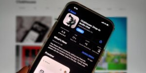 Las descargas de Clubhouse van en caída: la app se descargó solo unas 900,000 veces en abril, por debajo del pico de febrero de 9.6 millones