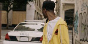 Una directora señaló las similitudes que hay entre su cortometraje de 2016 sobre la brutalidad policial y ganador del premio Oscar este año
