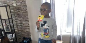 Este niño de 4 años accidentalmente compró 2,600 dólares en paletas de Bob Esponja
