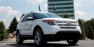 Ford llama a revisión a 661,162 vehículos SUV Explorer en Norteamérica por un posible desprendimiento de un riel del techo