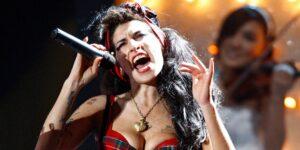La familia de Amy Winehouse subastará su ropa más icónica 10 años después de su muerte