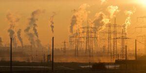 Cofece lamenta que México no alcanzará su compromiso de generación de energías limpias en 2024