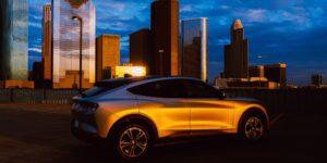 Ford y SK Innovation lanzarán una empresa conjunta de baterías para autos eléctricos, aseguran fuentes