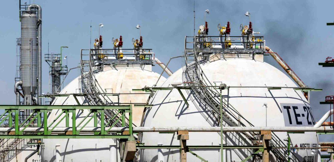 pemex_refineria_shell  Business Insider México