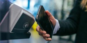 Las fintech aumentan otorgamiento de crédito, mientras que los bancos ofrecen condiciones menos favorables