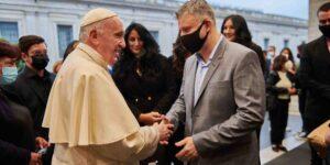 Papa Francisco lanza iniciativa verde y critica la «actitud depredadora» contra los recursos del planeta