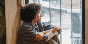 Por qué dejar más tiempo libre en tus días laborales en realidad puede hacerte más productivo