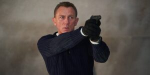 Comprar MGM no es lo único que Amazon necesita hacer para producir series de televisión de James Bond —y esta es la razón
