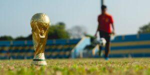 La FIFA lanzará una consulta para mejorar el futuro del futbol