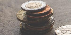 Las empresas enfrentan dificultades para obtener recursos; Banxico advierte que es «preocupante» la caída del crédito y que la inversión es débil