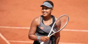Naomi Osaka se retira de Roland Garros tras ser multada por negarse a asistir a una conferencia de prensa
