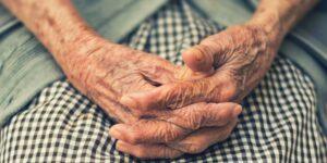 Esta startup asistencial creó un plan de bienestar y salud para adultos mayores