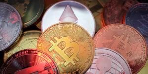 Las empresas de bitcoin y otras criptomonedas no cumplen con las regulaciones contra el lavado de dinero