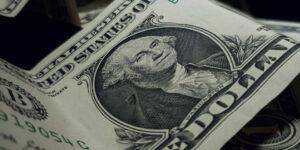 Un aumento en la tasa de interés de Estados Unidos, pondría en peligro la calificación soberana de México, advierte Banxico.