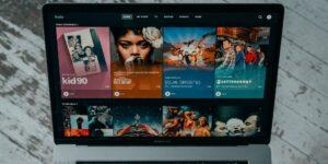 66% de los mexicanos estaría dispuesto a ver anuncios en servicios de streaming si ofrecen películas y series gratis