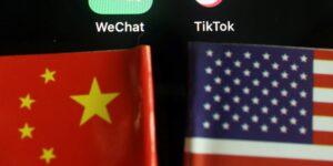 Aplicaciones chinas pueden enfrentar revisiones y prohibiciones por un nuevo decreto de Joe Biden