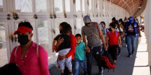 En medio de la pandemia, el número de personas obligadas a huir de sus casas debido a la violencia se duplicó en una década: ONU