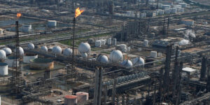La refinería de Deer Park podría enfrentar problemas regulatorios bajo la dirección de Pemex, según expertos