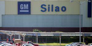 La discusión del contrato colectivo de trabajo para los empleados de General Motors en Silao recibe una ampliación