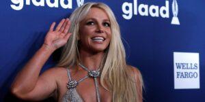Britney Spears solicita formalmente poner fin a su tutela mientras habla en la corte de Los Ángeles