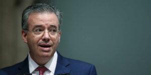 México enfrenta choques en la inflación «sin precedentes», advierte el gobernador de Banxico