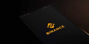 Bitcoin sufre nuevo revés —Reino Unido prohíbe los servicios de Binance, una de los más grandes plataformas de intercambio de criptomonedas