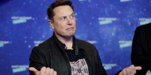 Elon Musk, uno de los hombres más rico del mundo, le dijo a Twitter que vive en una casa alquilada que cuesta 50,000 dólares