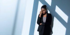 5 cosas que los gerentes pueden hacer para evitar que la ola de agotamiento del regreso al trabajo golpee a sus equipos