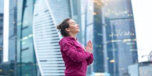Supera el estrés y la ansiedad con la respiración cuadrada, el sencillo ejercicio de respiración que solo requiere 16 segundos