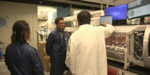 Visita exclusiva al laboratorio de Moderna: Así prepara la biotecnológica su próxima revolución médica tras la vacuna contra el Covid-19