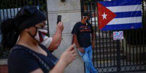 Cuba limita el acceso a redes sociales y mensajería tras las protestas