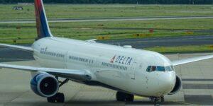 Un piloto de Delta acusa que la aerolínea robó su idea de una aplicación que desarrolló —la demanda es por 1,000 millones de dólares