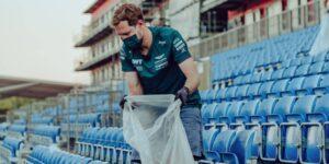 Sebastian Vettel se quedó tras el GP de Gran Bretaña de la F1 para ayudar a recoger la basura de las gradas