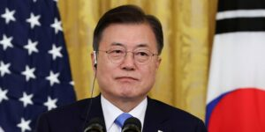 """El presidente de Corea del sur, Moon Jae-in, suspende su viaje a Tokio 2020 por """"inaceptables"""" declaraciones diplomáticas"""