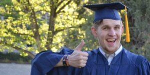 «No es obligatorio saber lo que quieres justo después de graduarte», dice el CEO de LinkedIn a todos los recién salidos de la universidad
