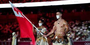 Esta es la razón por la que Pita Taufatofua, de Tonga, desfila con el torso desnudo en los Juegos Olímpicos