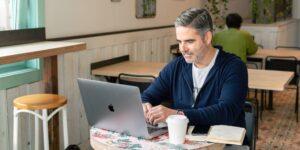 10 claves para causar impacto en LinkedIn, según un experto que analizó la actividad de más de 120 CEOs en la plataforma