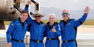 ¡Ni un centavo! El joven holandés que viajó con Jeff Bezos al espacio dijo que nunca ha pedido nada en Amazon