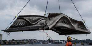 El primer puente de acero impreso en 3D del mundo se inauguró en Ámsterdam