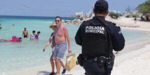 Un bombero de Texas fue encontrado muerto en un hotel de Cancún —su familia cree que fue secuestrado y asesinado