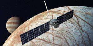 La NASA da a SpaceX 178 millones de dólares para lanzar una misión a una luna de Júpiter que podría albergar vida extraterrestre