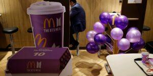 La banda de pop surcoreana BTS impulsa las ventas de McDonald's —sus ingresos totales crecieron 57%