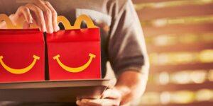 McDonald's sigue los pasos de Burger King y lanza un menú más saludable para su Cajita Feliz… excepto en Venezuela