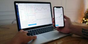 ¿Qué es un broker? Esto es lo que tienes que saber de los corredores que ayudan a los inversionistas a comprar acciones