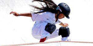 La skater Kokona Hiraki de 12 años se convierte en la medallista olímpica más joven en los últimos 85 años