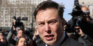 «¡Tengo que lanzar ese maldito cohete!» Un nuevo libro sobre la historia de Tesla documenta los ataques de ira de Elon Musk contra sus empleados
