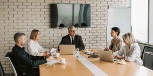 ¿Cómo están formadas y qué tipo de remuneración ofrecen las juntas directivas?